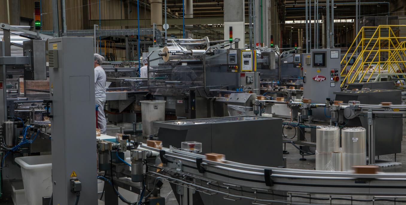 Produção pioneira de macarrão grano duro na fábrica da Selmi em Campinas e Londrina