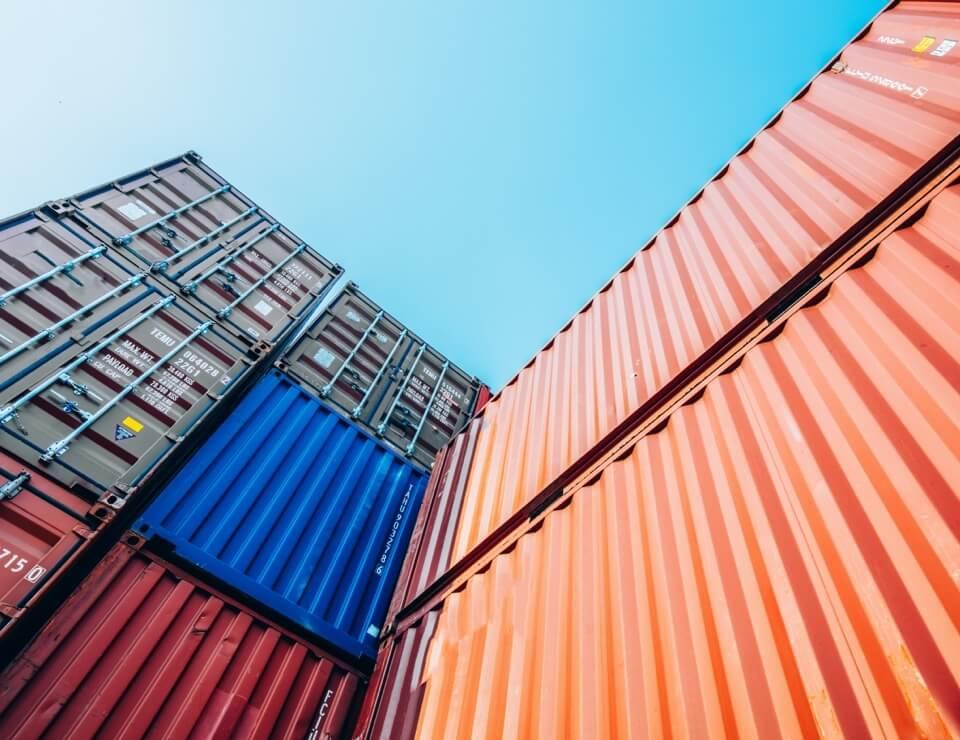 Ilustração container de exportação internacional da Selmi